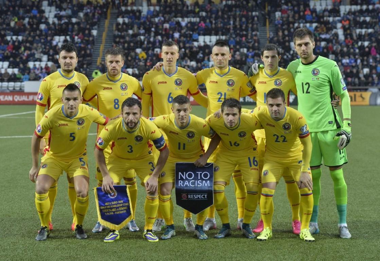 teamfoto voor Roemenië
